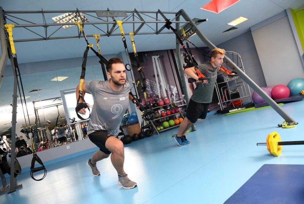 TRX dla wszystkich chcących spróbować nowego typu treningu w Poznaniu.